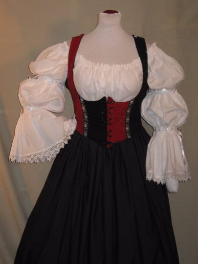 Black Red Plus Size Wench Dress
