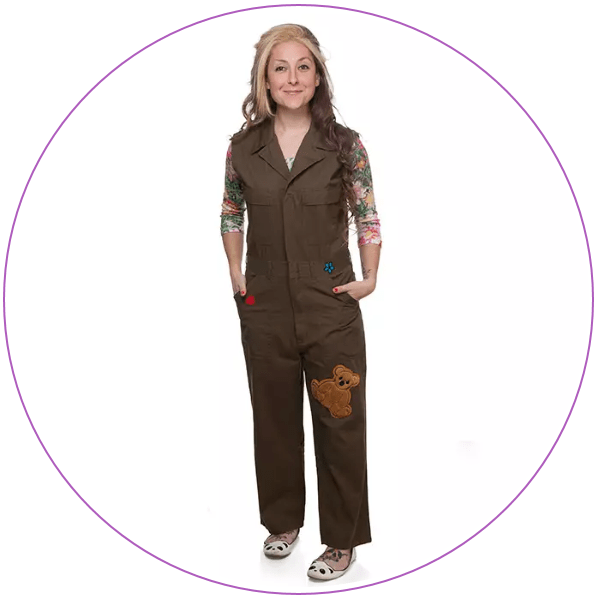 Woman wearing a brown jumpsuit